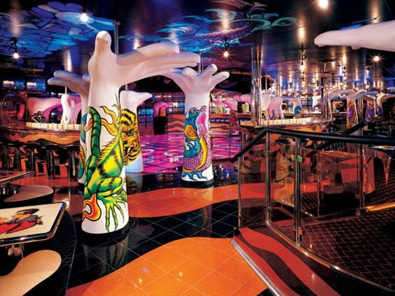 NIGHT CLUB - HOT COOL DANCE CLUB - TYPICAL CLUB AT CRUISE SHIPS